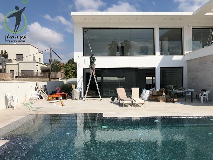 חברת ניקוי חלונות בחיפה